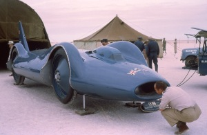 Bluebird CN7 sits poised on her built-in jacks.