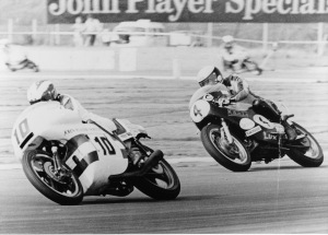 Kim on the 680cc Konig chases John Williams on the Norton F750 racer at Silverstone.