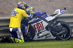 Rossi after winning the 2010 Malaysian GP aboard his beloved 800cc four-stroke Yamaha YZR-M1.